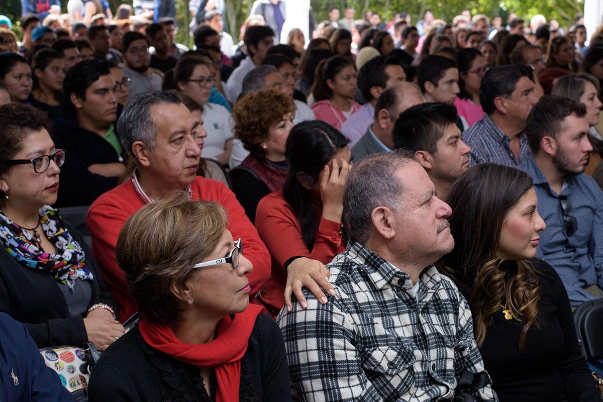 10 / 16 - Pedro Ferriz de Con imparte conferencia en la Anáhuac Xalapa
