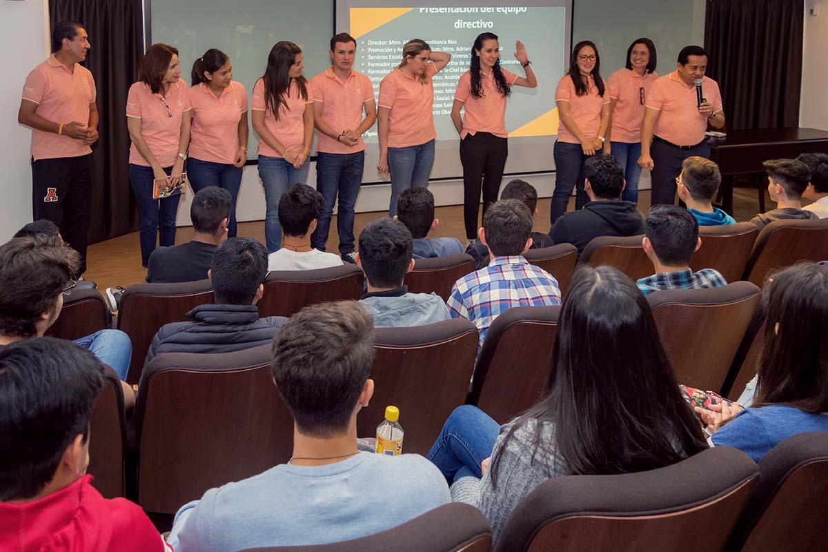 Presentación de personal académico y administrativo de Prepa Anáhuac.