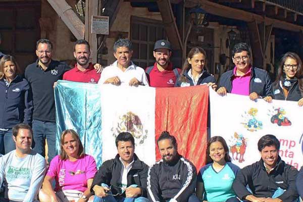 Catedrática de Dirección de Empresas de Entretenimiento participa en el Retiro Anual de Directores de Campamentos