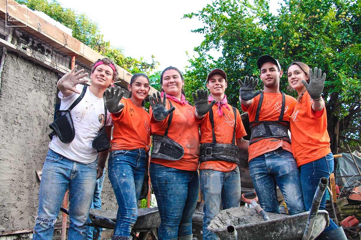 5 / 8 - La principal labor de ASUA es llevar el optimismo de nuestros jóvenes.
