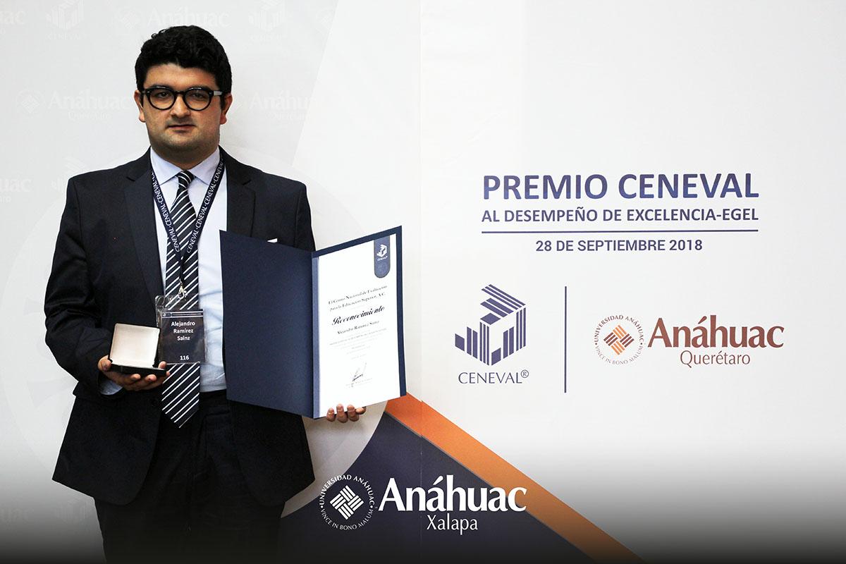 5 / 5 - Alejandro Ramírez Sainz, Administración.