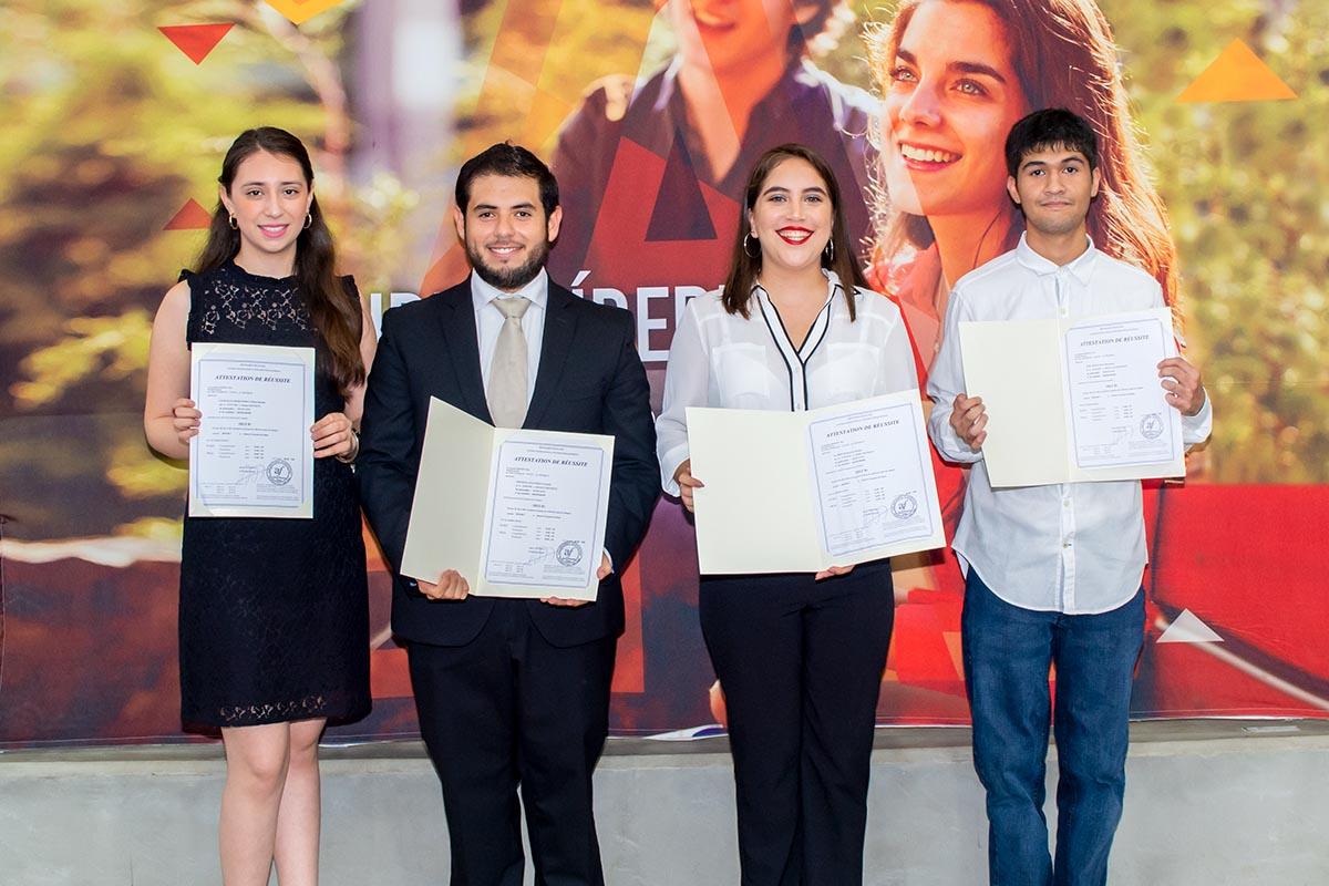 6 / 6 - Entrega de Certificados Internacionales en Lenguas Extranjeras
