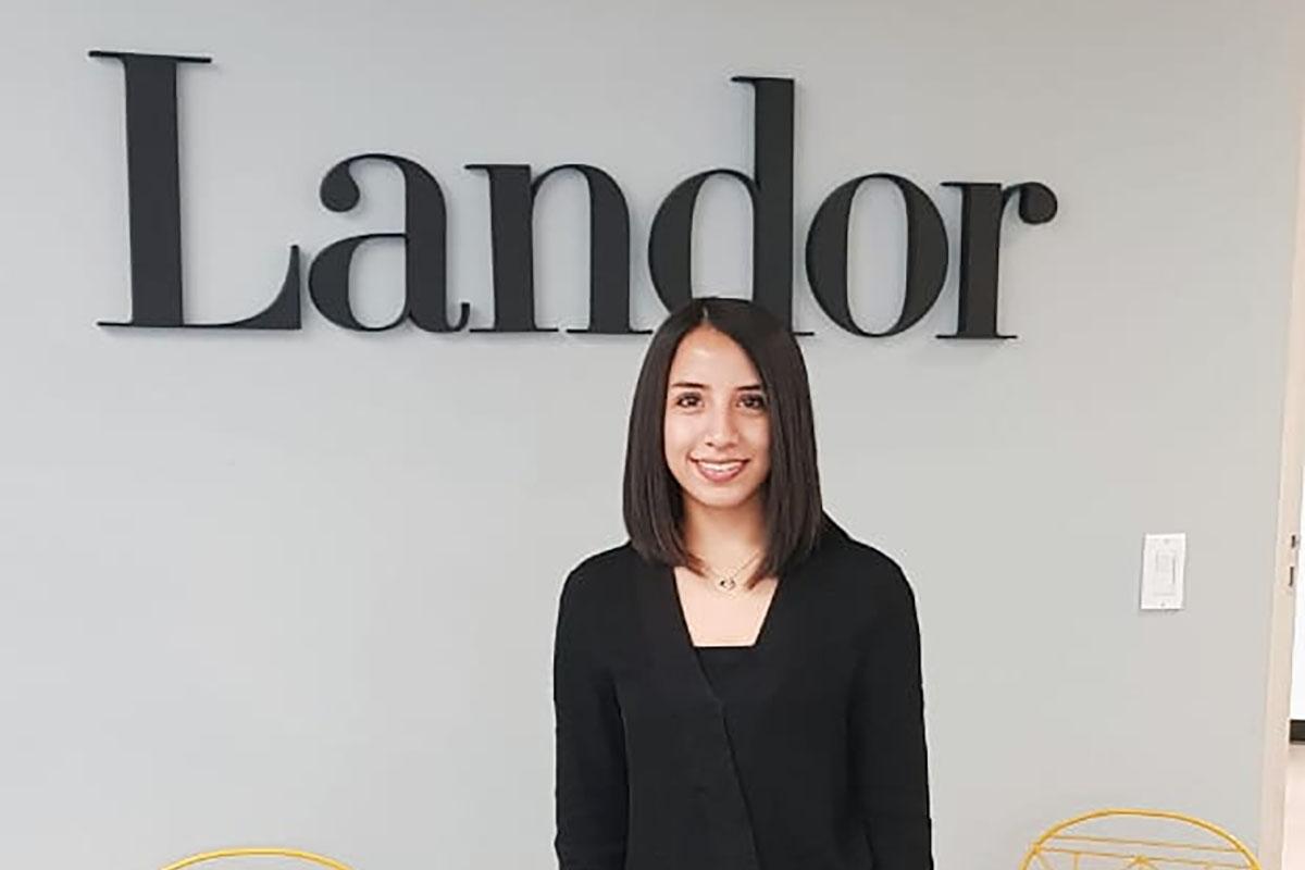 25 / 34 - María Cristina Sánchez Virúes, prácticas profesionales en la agencia de branding Landor CDMX.