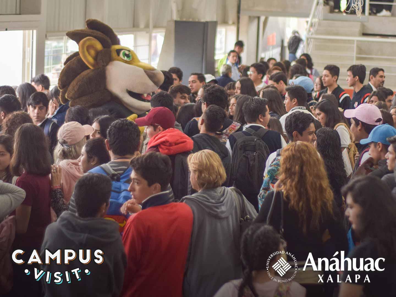 16 / 104 - Campus Visit 2018
