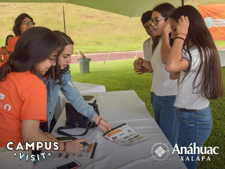 32 / 104 - Campus Visit 2018