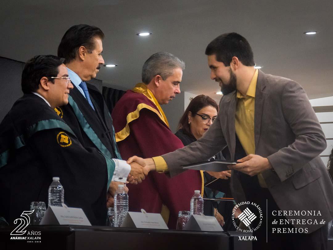 17 / 59 - Entrega de Premios Lux et Veritas y Ser Anáhuac