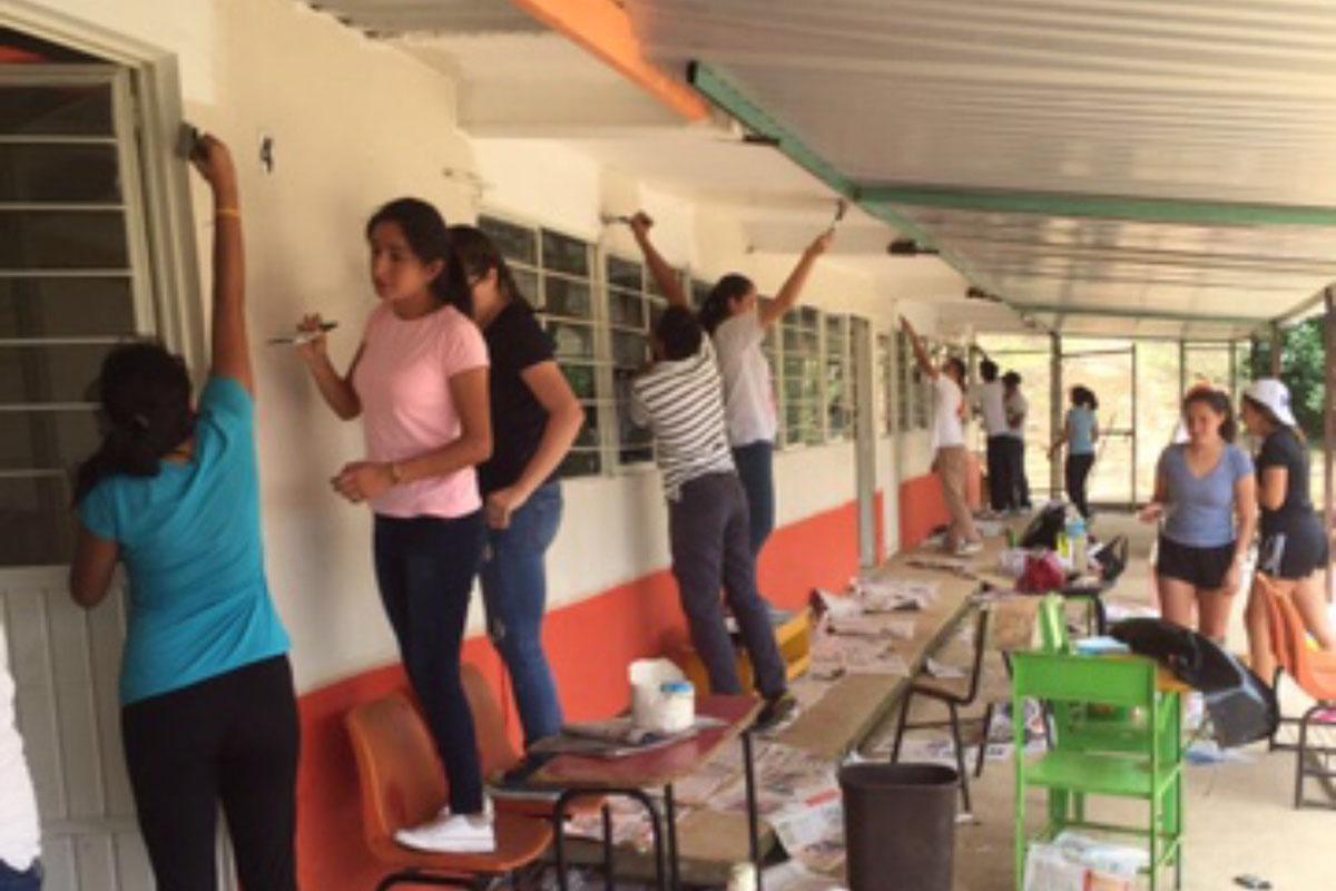8 / 9 - Acción Social en el Bachillerato Anáhuac