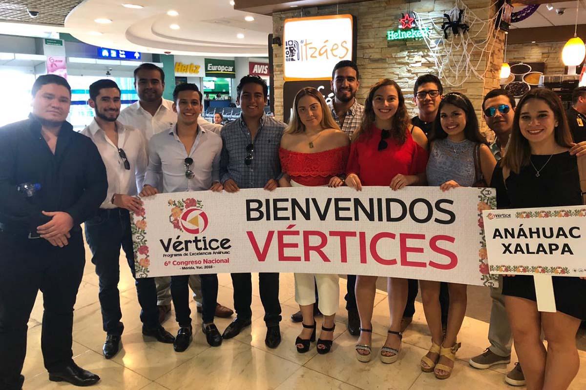 1 / 8 - Integrantes del Grupo Vértice Xalapa.