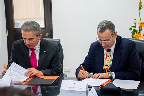 La Escuela de Comunicación firma convenio con Productora Internacional