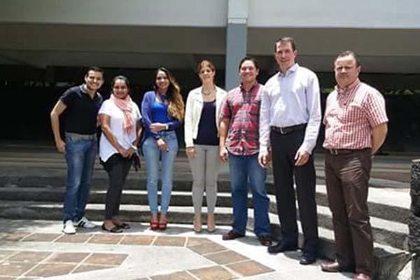 El Dr. Paul Danczyk imparte clases de posgrado en la Anáhuac Xalapa