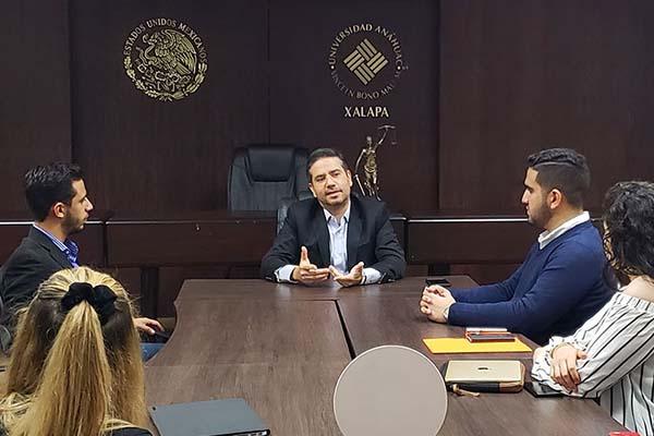 ELAP Vértice con el presidente de la Cruz Roja Mexicana en Xalapa