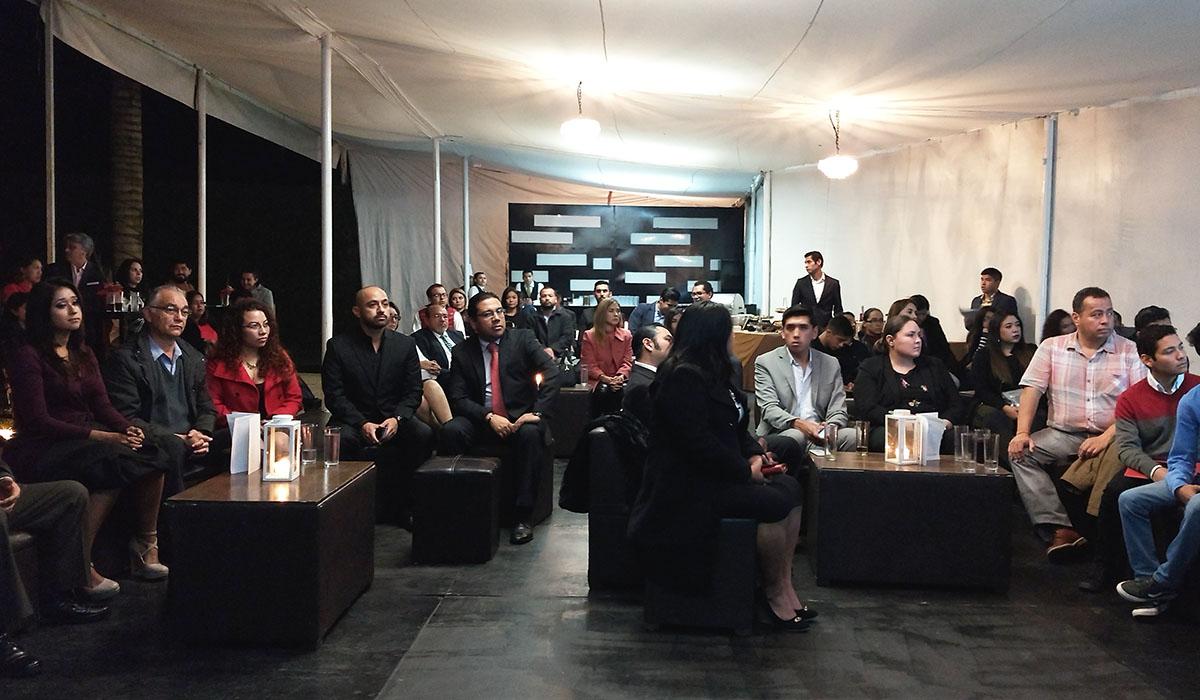 2 / 2 - La Universidad Anáhuac Xalapa presente en la entrega del Premio Ciudadano Kybernus Veracruz 2018