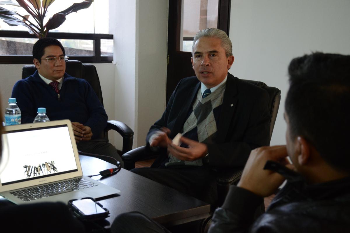 3 / 4 - El productor y cineasta Adolfo Franco visita la UAX