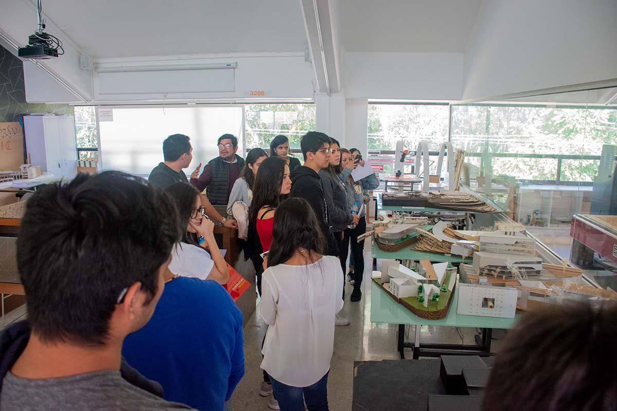 7 / 13 - Calurosa Bienvenida a Estudiantes que se integran en este Invierno