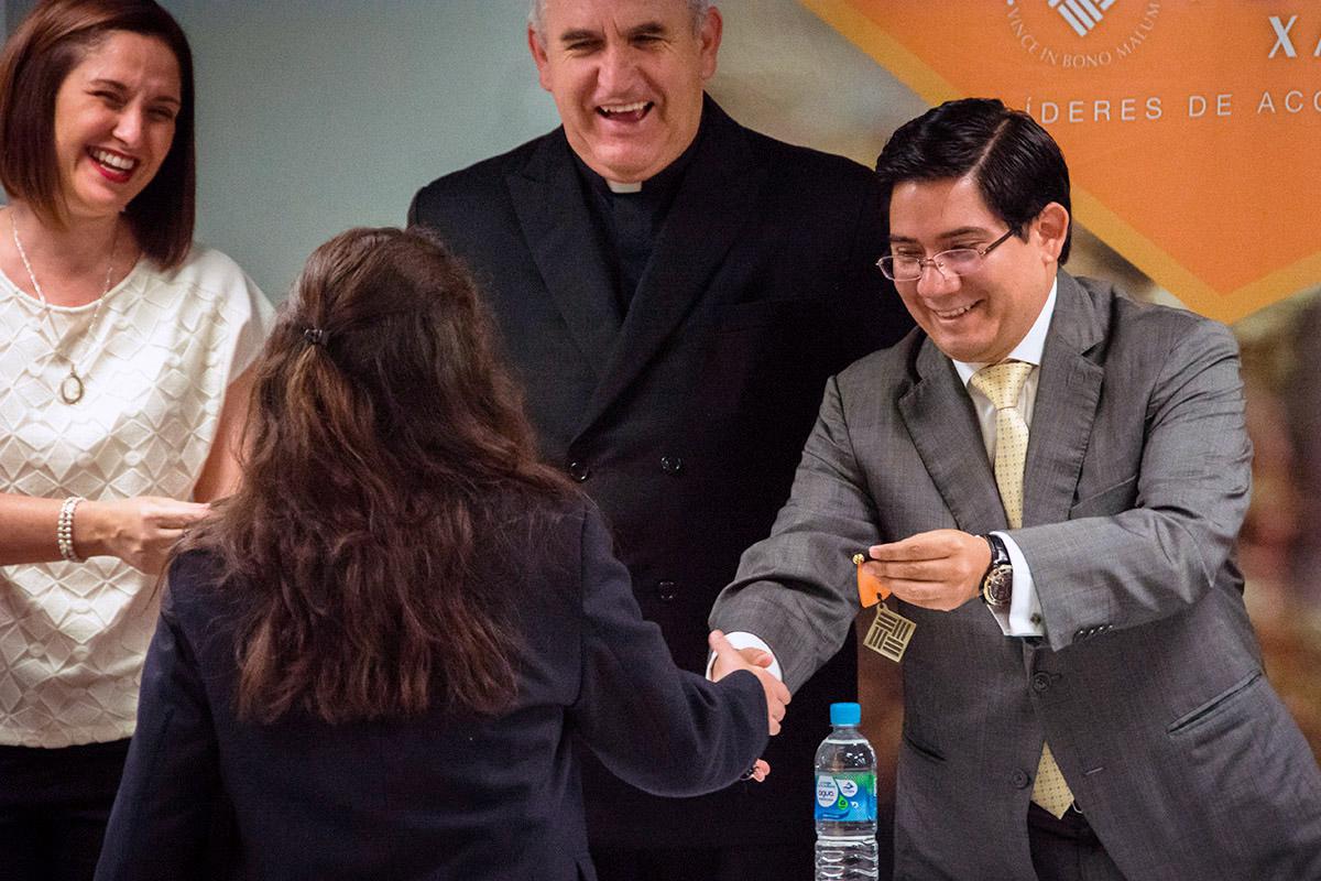8 / 24 - Ceremonia de Fin de Cursos y Premiación anual del Bachillerato Anáhuac Xalapa