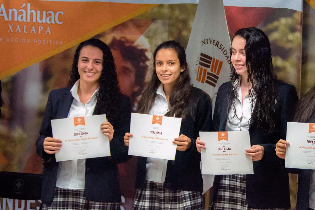 15 / 24 - Ceremonia de Fin de Cursos y Premiación anual del Bachillerato Anáhuac Xalapa