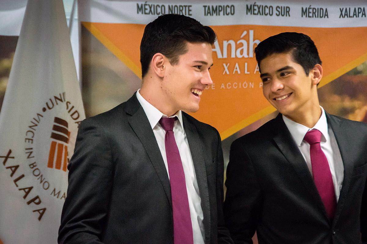 18 / 24 - Ceremonia de Fin de Cursos y Premiación anual del Bachillerato Anáhuac Xalapa