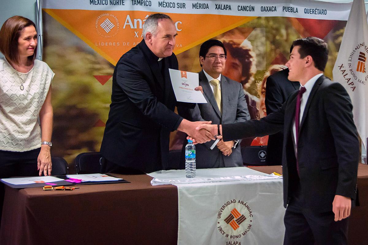 19 / 24 - Ceremonia de Fin de Cursos y Premiación anual del Bachillerato Anáhuac Xalapa