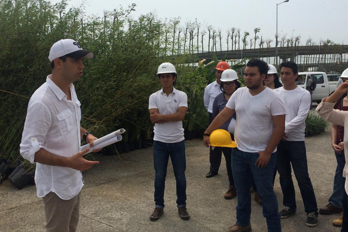 1 / 8 - Visita académica a la obra del Parque Acuático Inbursa en Boca del Río