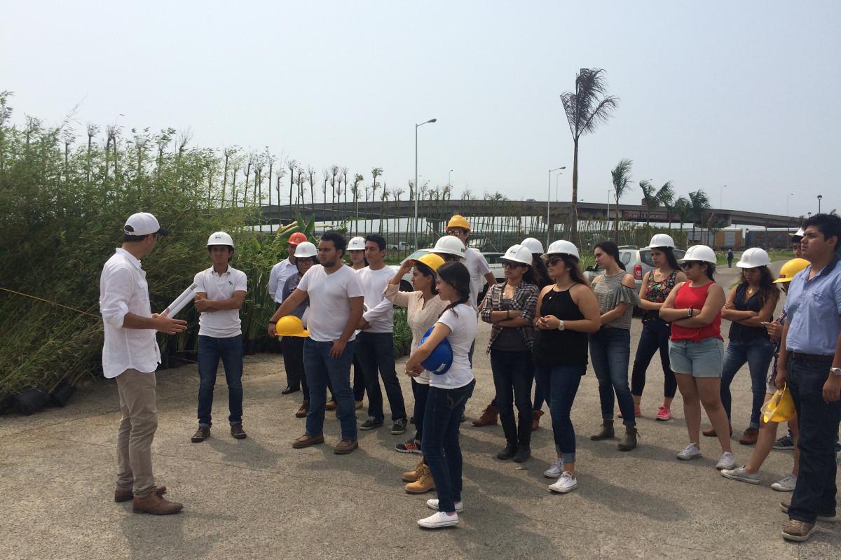8 / 8 - Visita académica a la obra del Parque Acuático Inbursa en Boca del Río