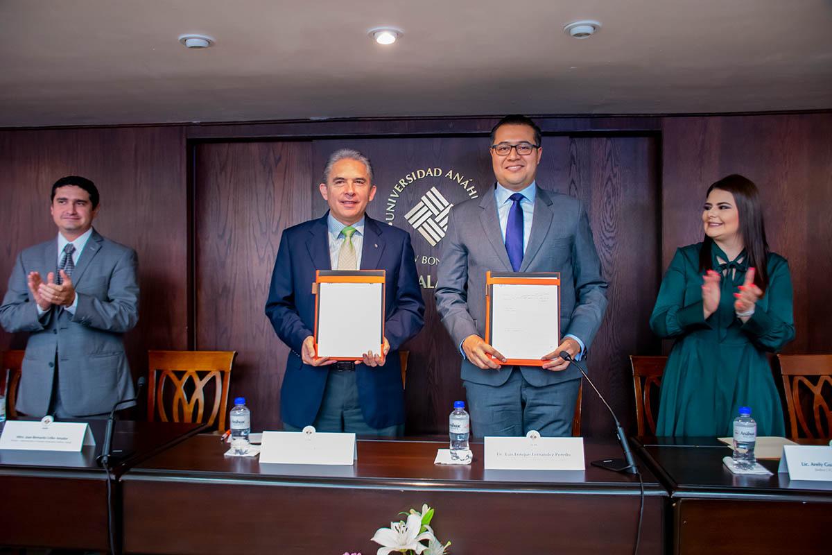 5 / 6 - Dr. Luis Linares Romero y Lic. Luis Enrique Fernández Peredo.