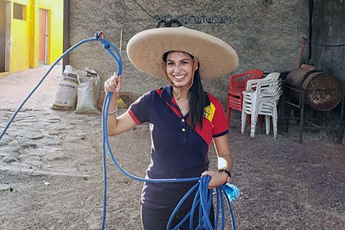 4 / 6 - Grupo Vértice impulsa el Taller Nuestras Tradiciones: La Charrería