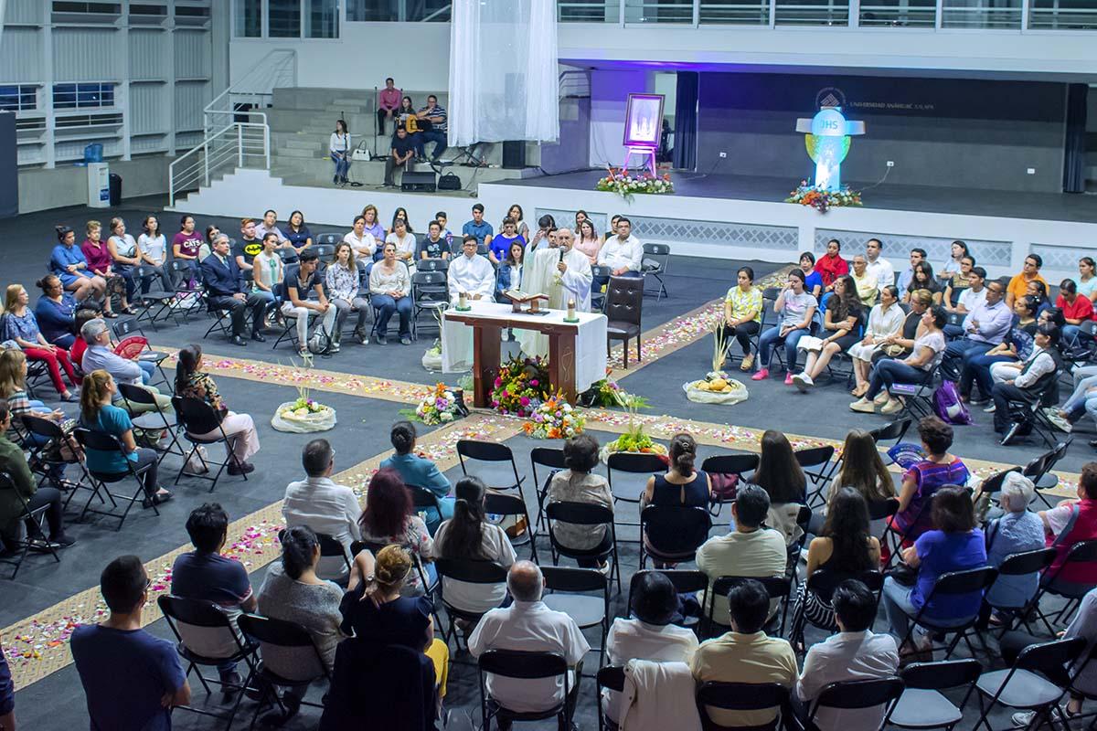 3 / 4 - El Cuerpo de Cristo es el Centro del Reto Heart of a Lion