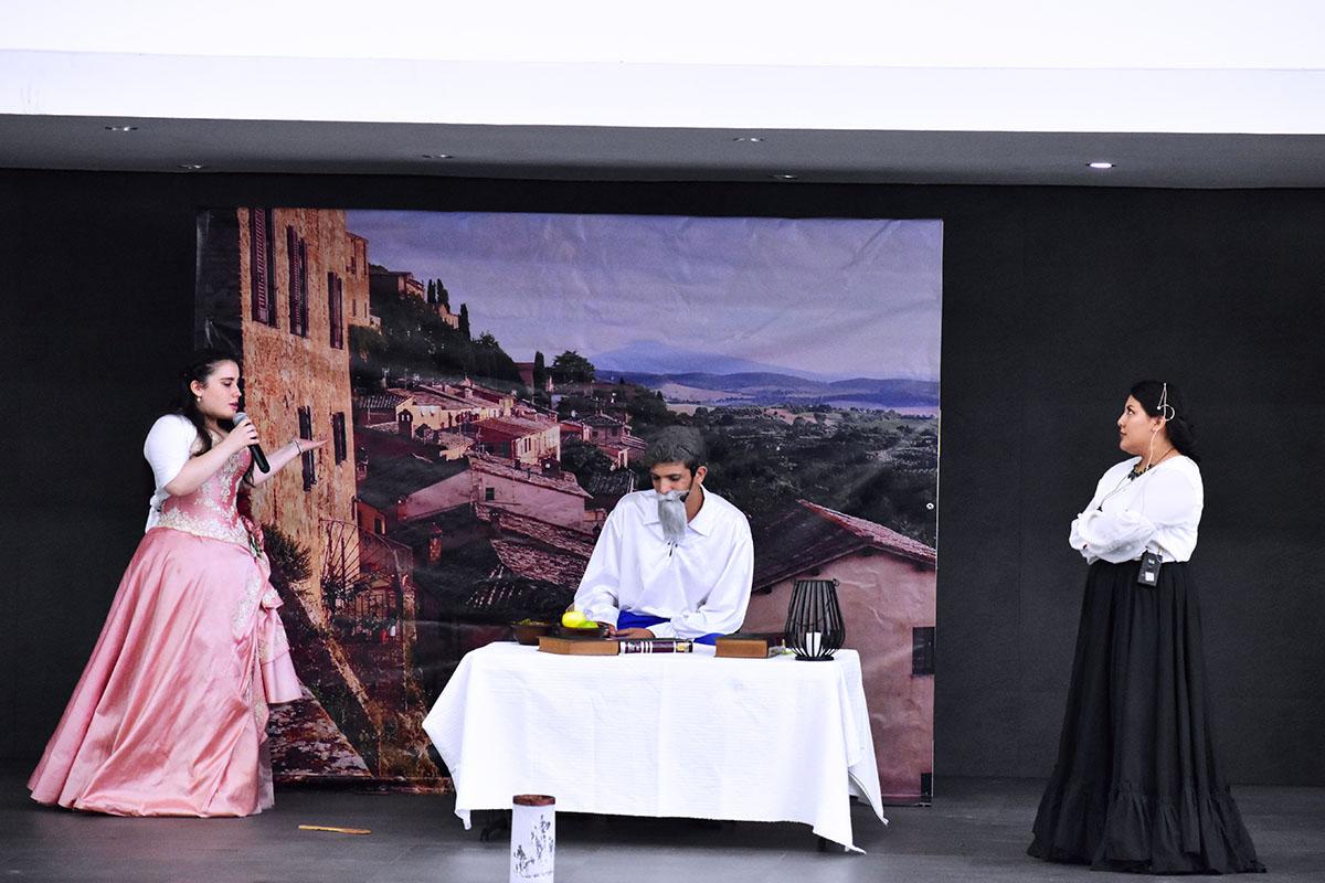 2 / 14 - Obra de Teatro: El Ingenioso Hidalgo Don Quijote de la Mancha