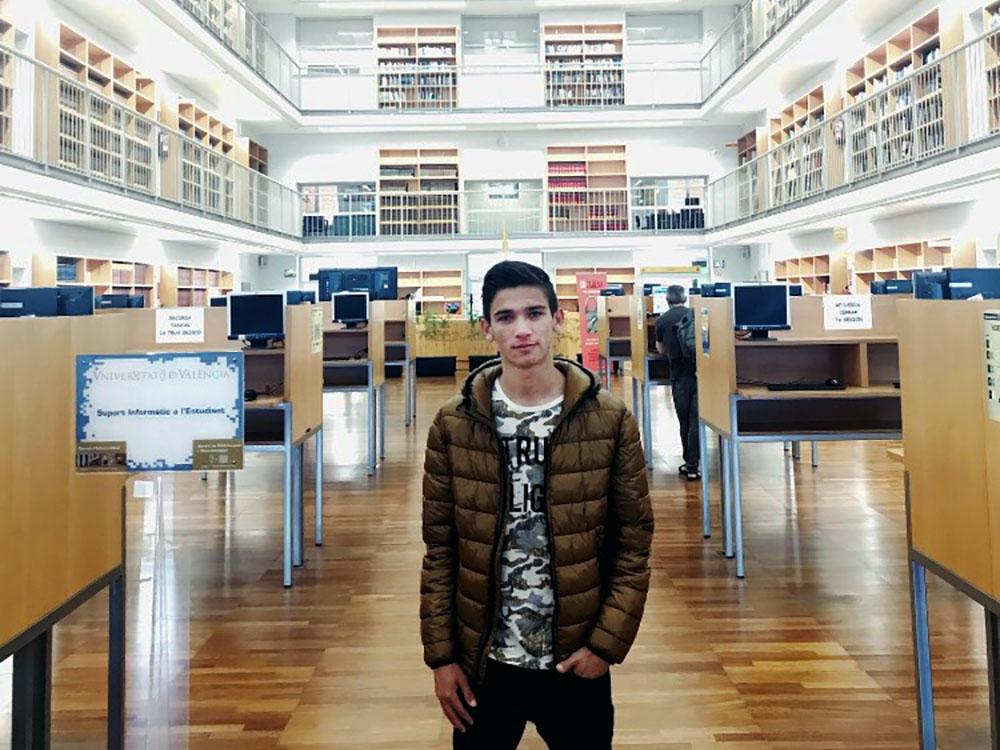 1 / 5 - Intercambio Académico en España de Alumno de Negocios Internacionales