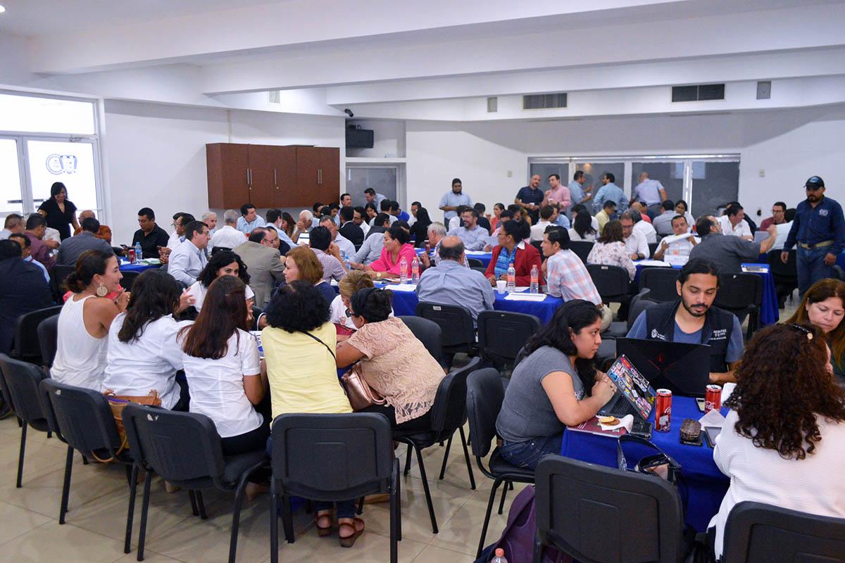 2 / 5 - Participación de la Universidad Anáhuac Xalapa en la Revisión del Plan Veracruzano de Desarrollo