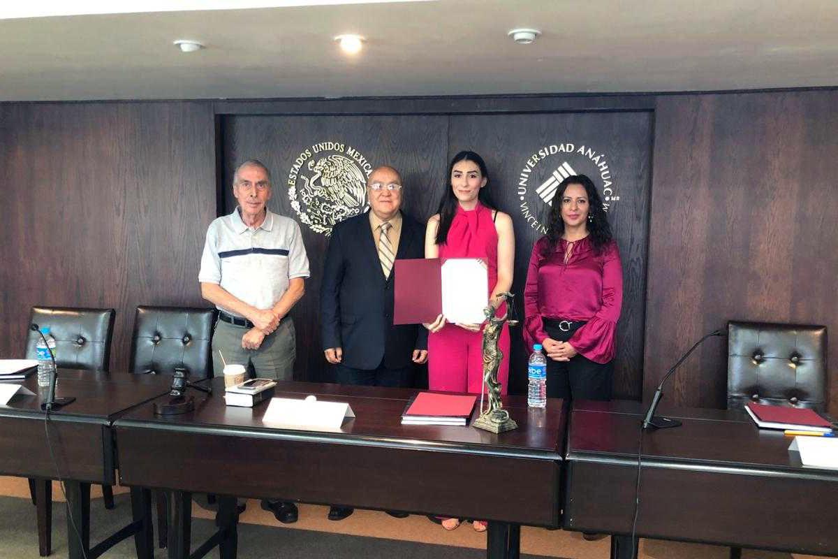 Andrea Sulvarán Flores