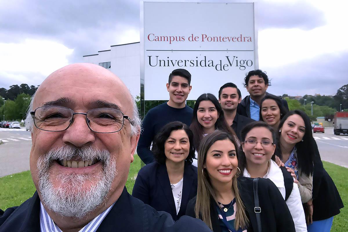 3 / 9 - Alumnos de la Universidad Anáhuac Xalapa viajaron a España para realizar Estudios en Alta Dirección