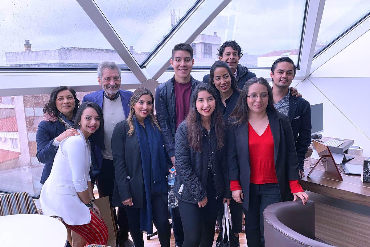 6 / 9 - Alumnos de la Universidad Anáhuac Xalapa viajaron a España para realizar Estudios en Alta Dirección