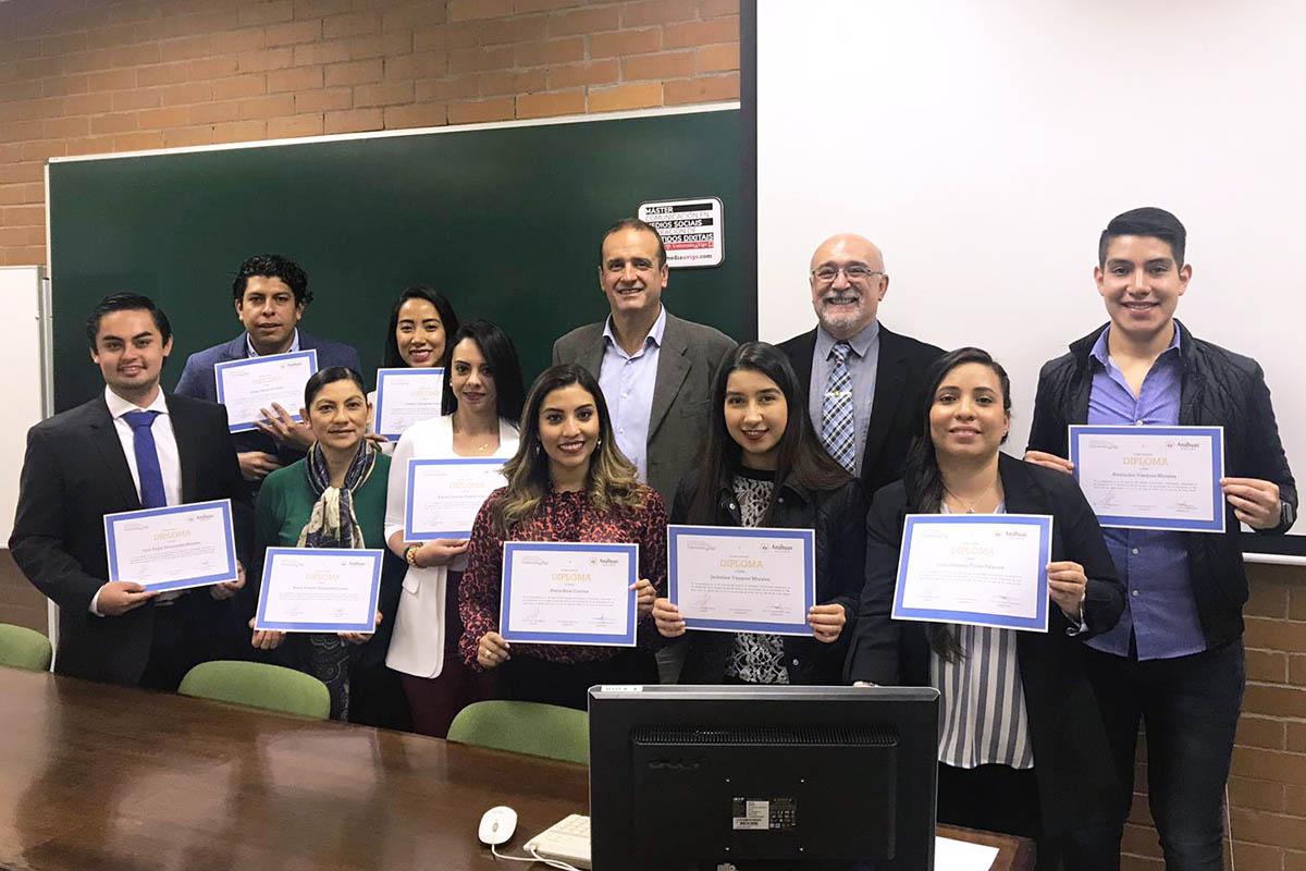 9 / 9 - Alumnos de la Universidad Anáhuac Xalapa viajaron a España para realizar Estudios en Alta Dirección