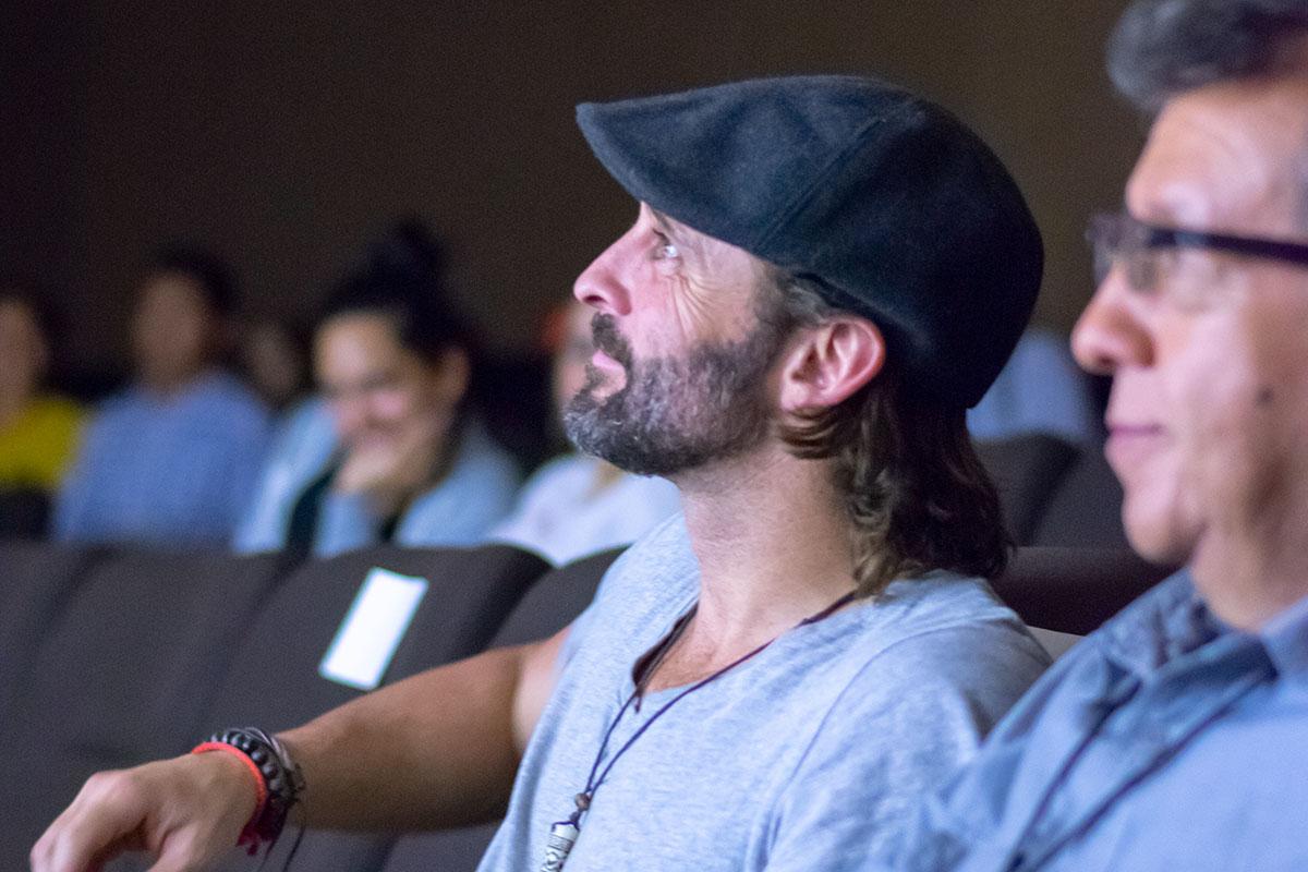 1 / 5 - Dentro del marco de la FILAX la Escuela de Comunicación presentó la Película El Silencio de Augusto