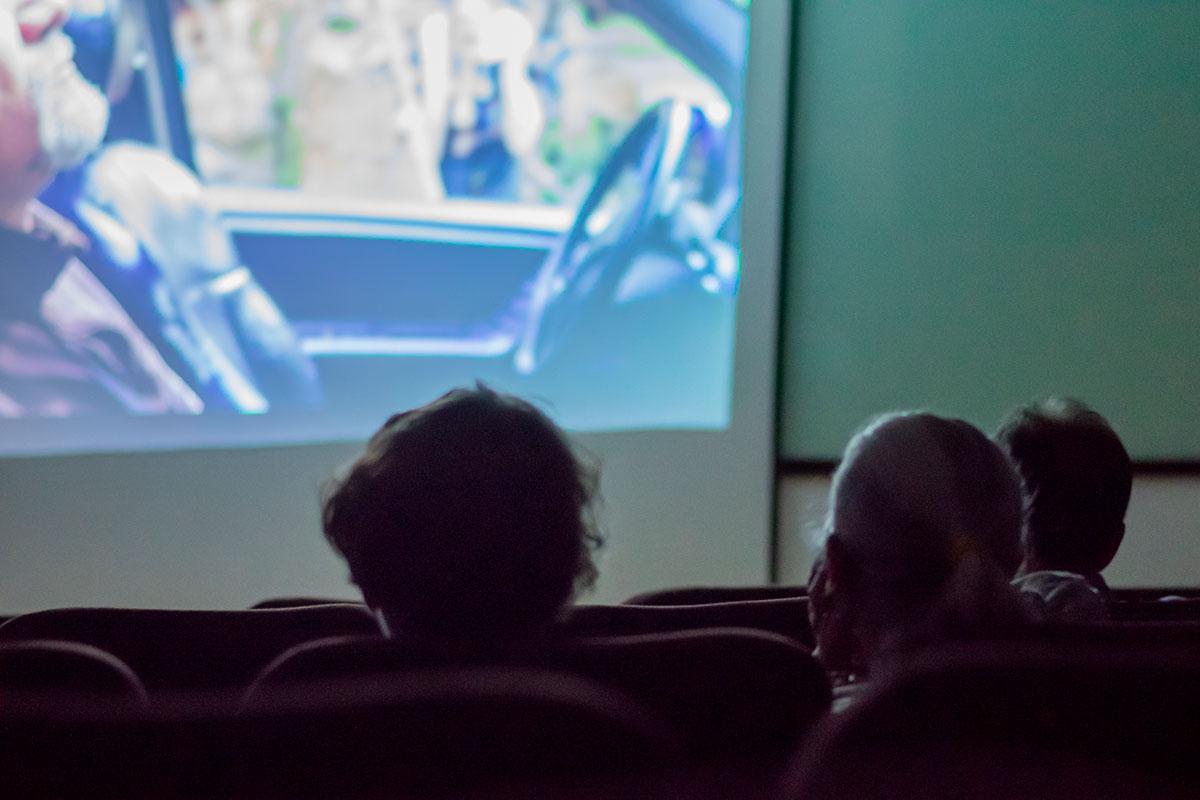 3 / 5 - Dentro del marco de la FILAX la Escuela de Comunicación presentó la Película El Silencio de Augusto