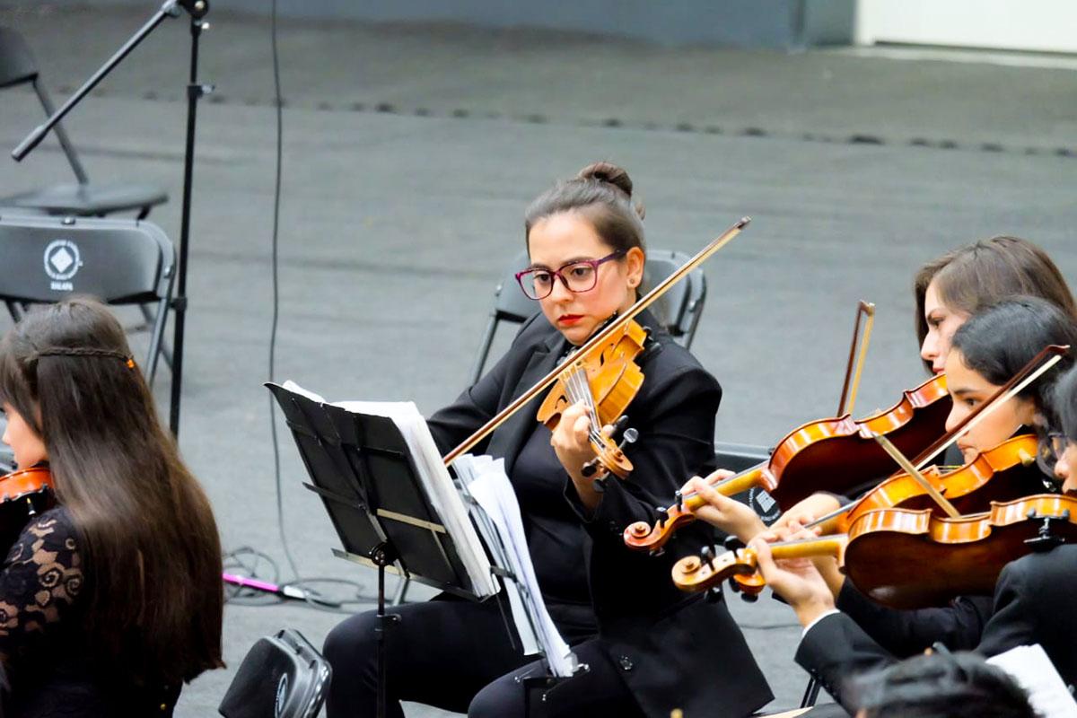 1 / 13 - Espectacular Concierto de la Orquesta Filarmónica de Xalapa