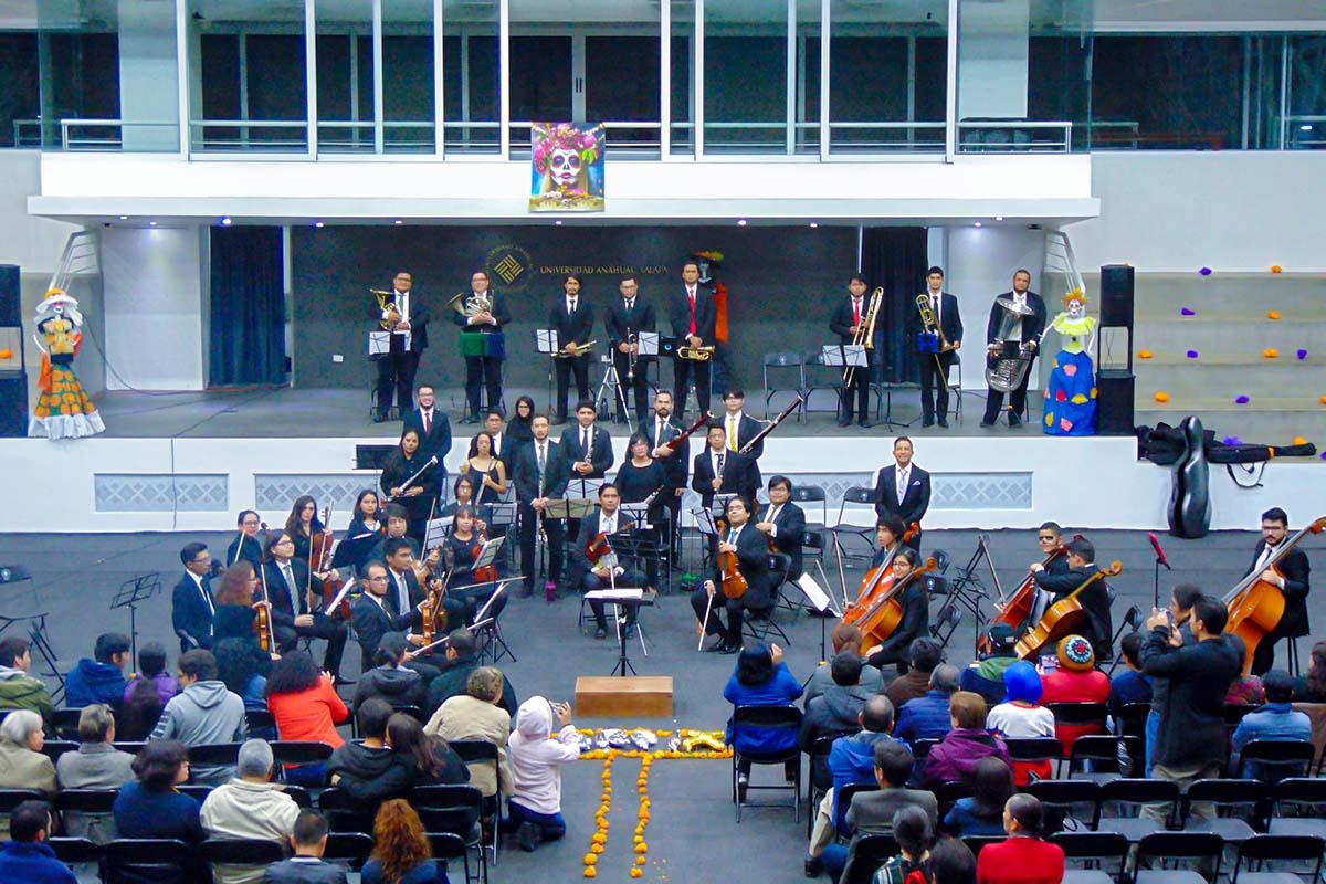 8 / 13 - Espectacular Concierto de la Orquesta Filarmónica de Xalapa