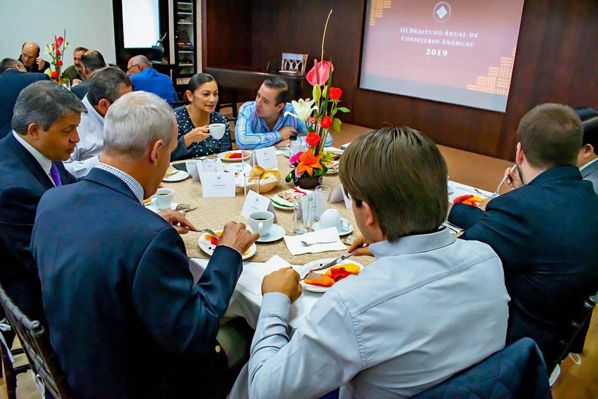 3 / 6 - III Edición del Desayuno para Consejeros Consultivos Anáhuac