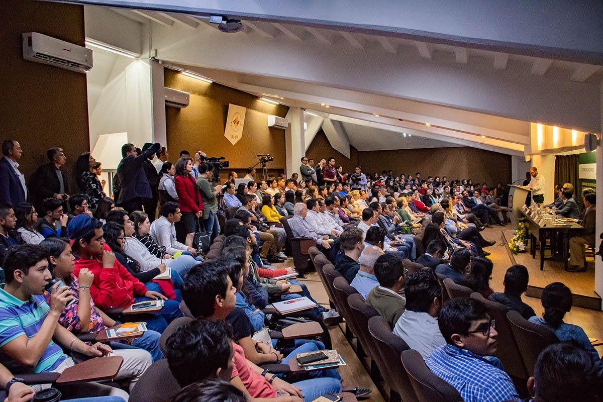 1 / 7 - Inauguración del Seminario-Taller Tren Ligero de la Región Xalapa, Veracruz