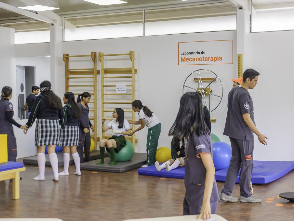 16 / 114 - Campus Visit 2019 - Galería