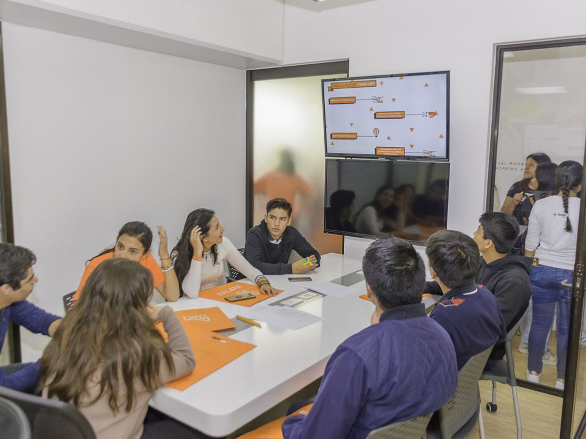 39 / 114 - Campus Visit 2019 - Galería
