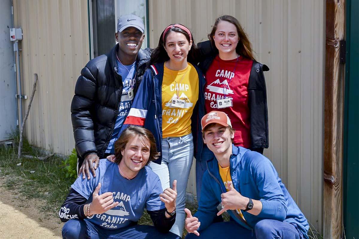 3 / 4 - Alumna de Administración y Dirección de Empresas en los Campamentos de Verano 2019