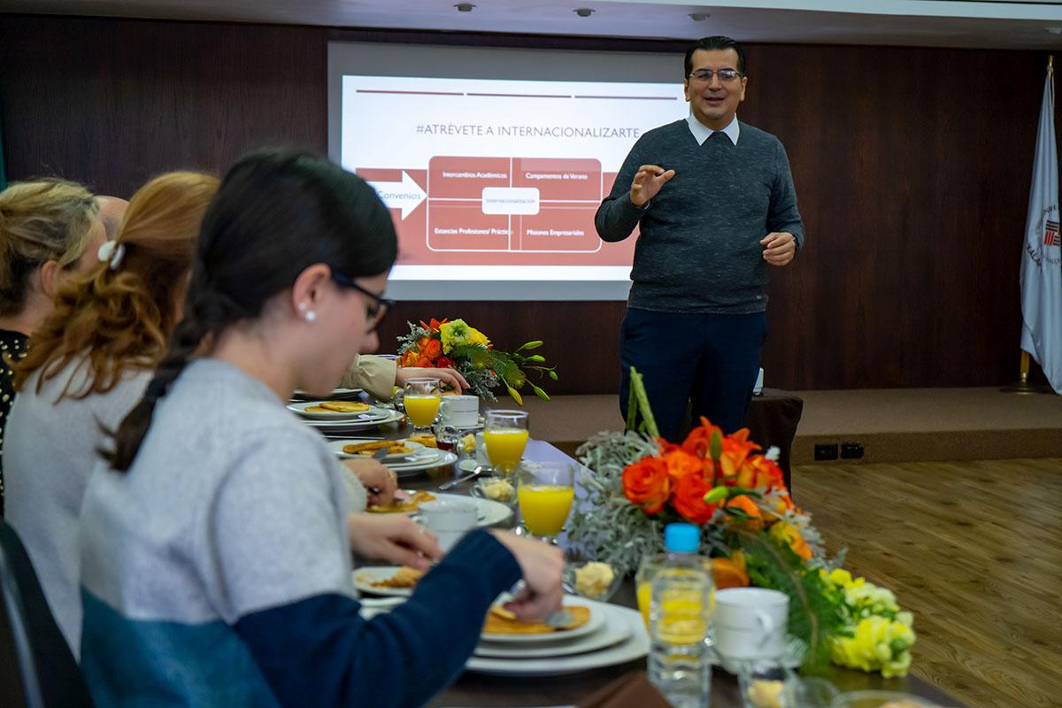 6 / 7 - Desayuno con Familias Internacionales Anáhuac Xalapa