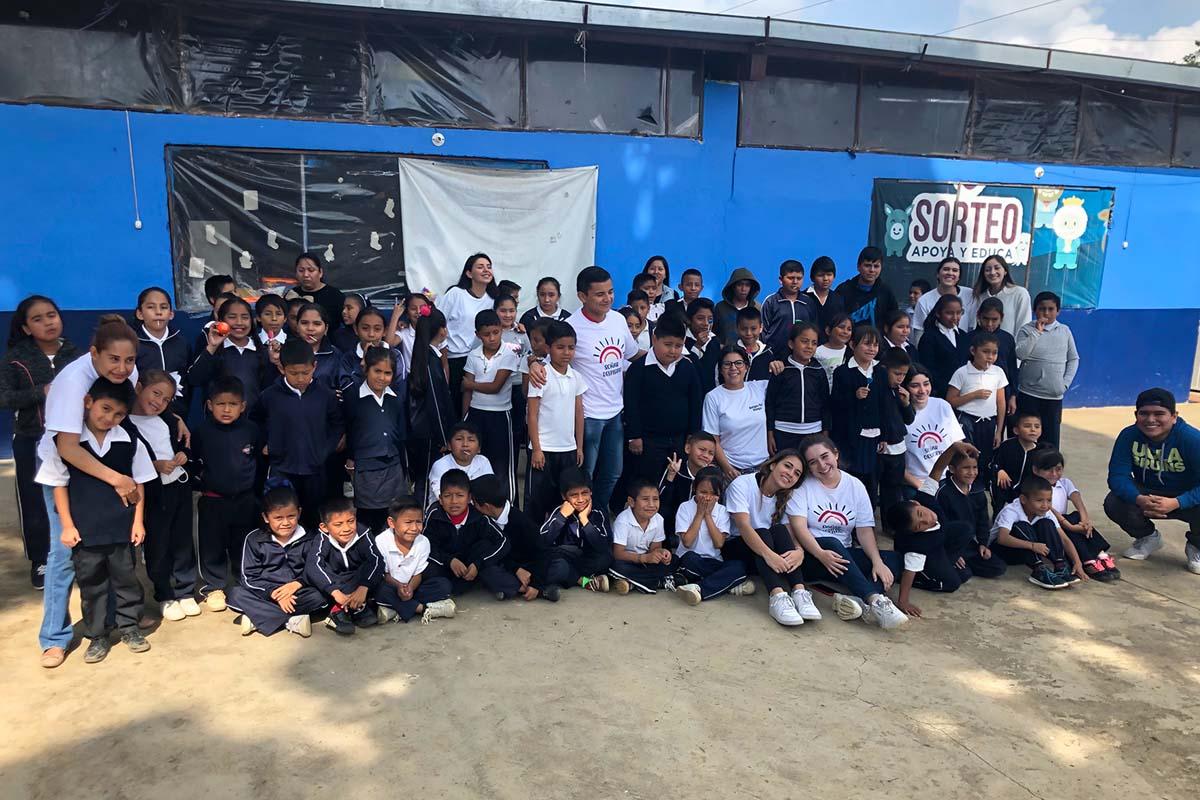 7 / 7 - Grupo Soñar Despierto de Visita en la Escuela las Maravillas