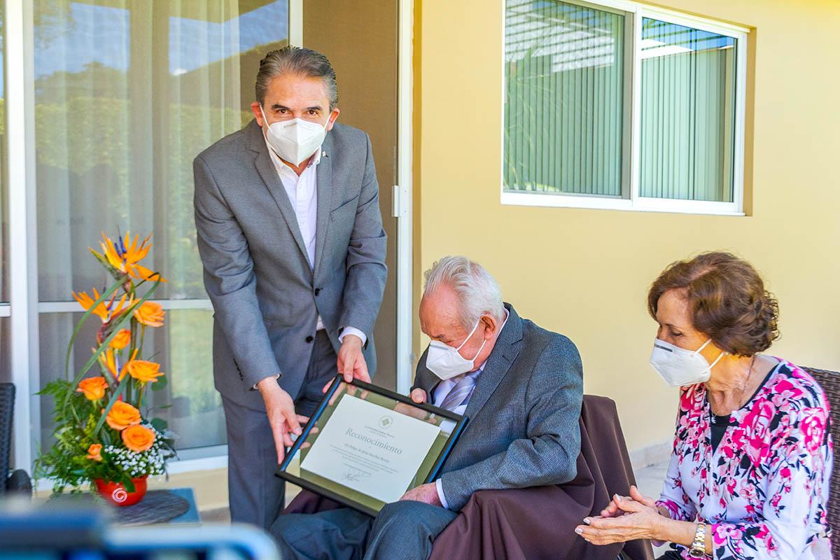 Homenaje al Dr. Felipe de Jesús Sánchez Ancira por el Día del Médico