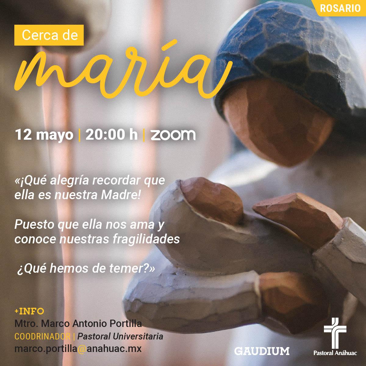 Cerca de María