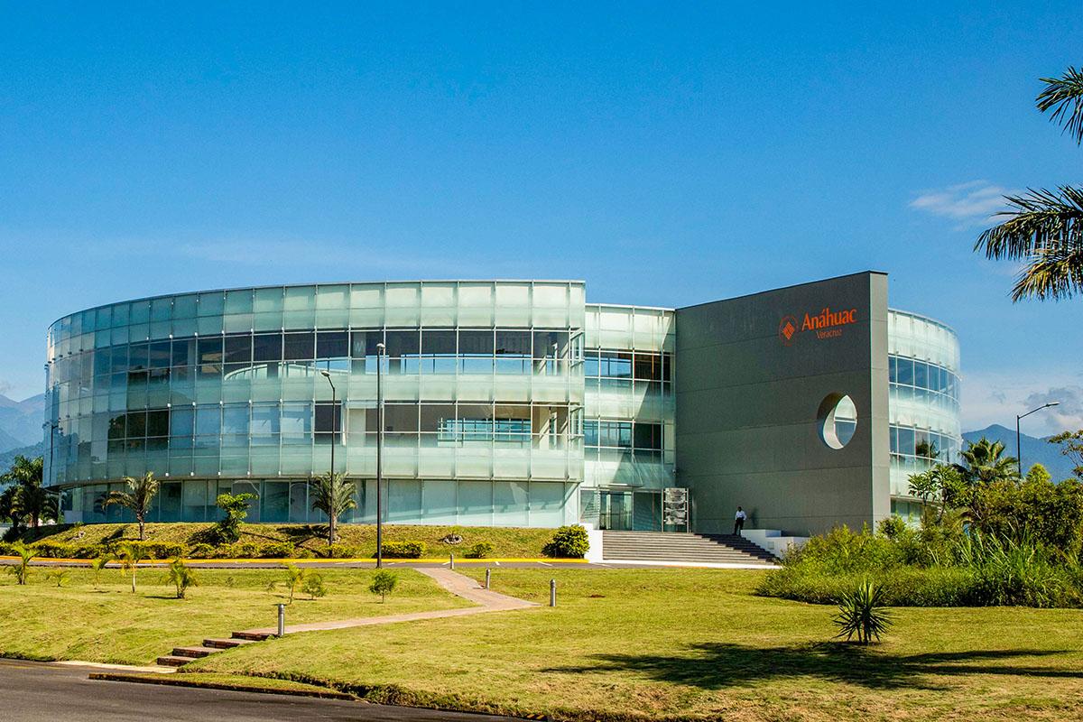 10 / 10 - Inauguración de la Universidad Anáhuac Veracruz campus Córdoba-Orizaba