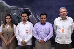 El Dr. Luis Linares Romero visita la Administración Portuaria Integral de Veracruz - APIVER