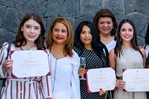 Clausura de los Diplomados en Tanatología y Adolescencia: Psicología del Joven Actual